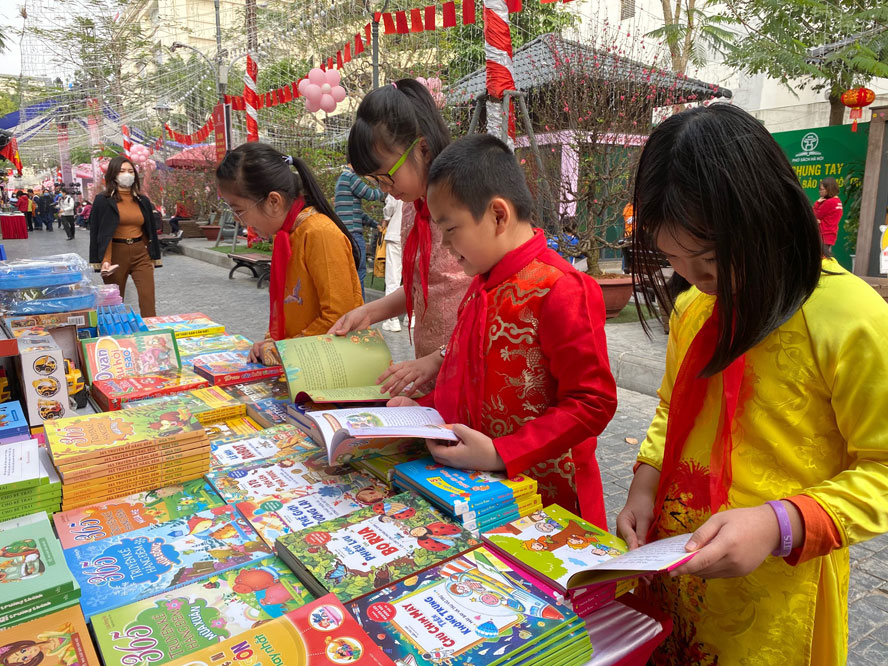 Hanoi aims to become literary hub by 2030