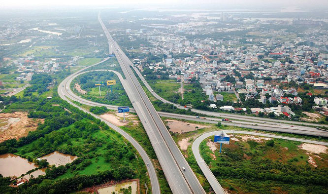 Vietnam Expressway Corporation showing no viable profits